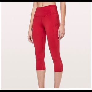 Lululemon fast and free crop nulux size 4